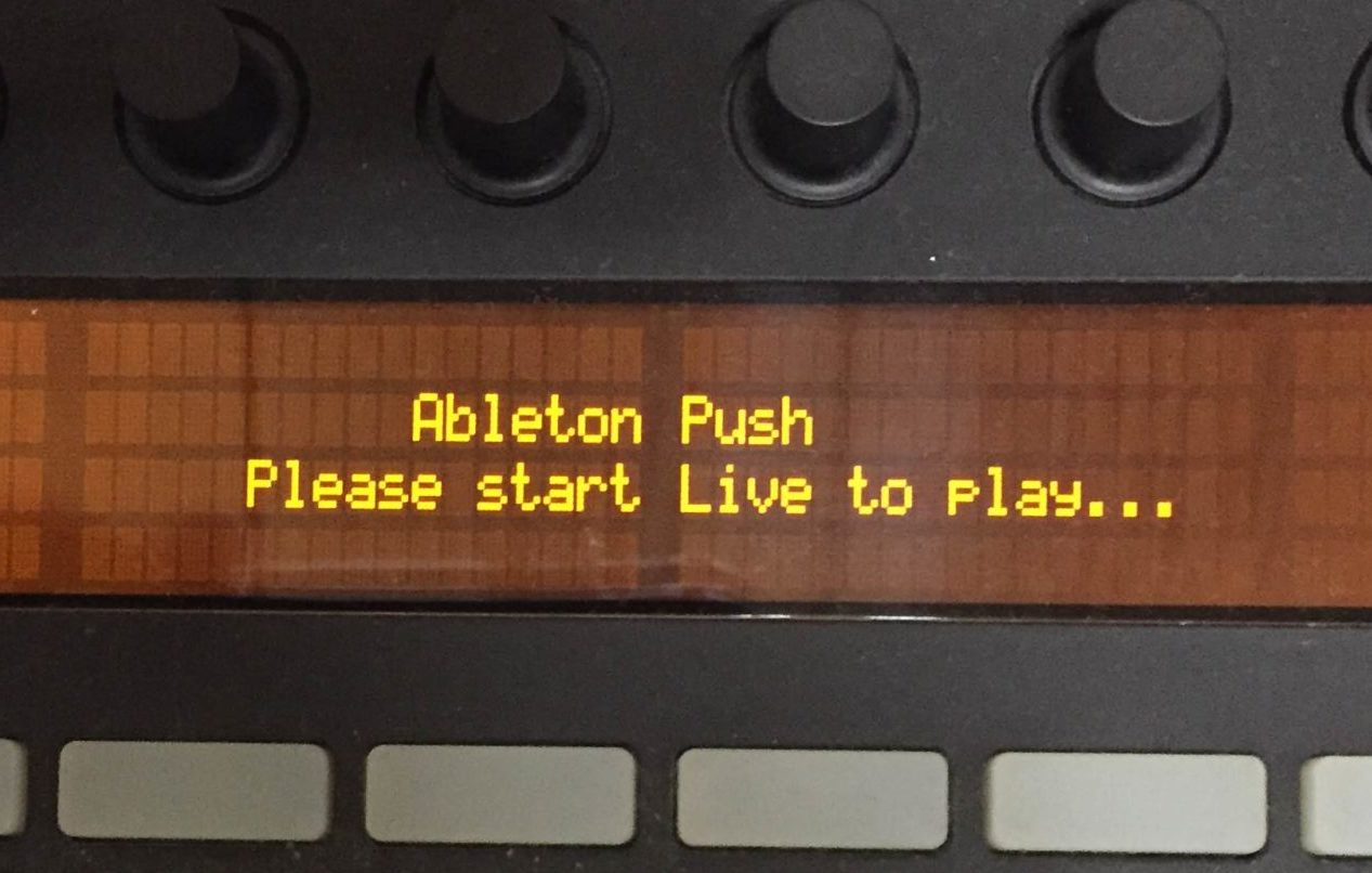 Pushを使う。01『Please start Live to play』